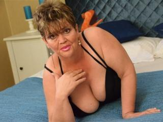 DivineMatilde adult video chat hot and sexy