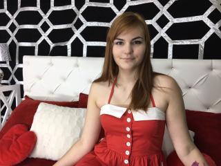 Molliona live sex webcam show
