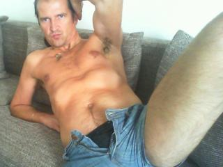 Picture of the sexy profile of ScharferChris, for a very hot webcam live show !