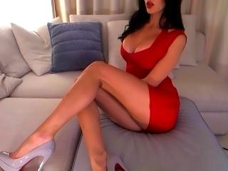Picture of the sexy profile of SexySimonne, for a very hot webcam live show !