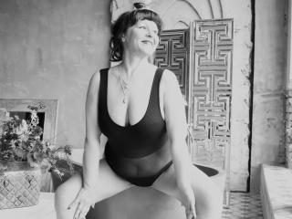 AliciaSkinner - Live porn & sex cam - 6946584