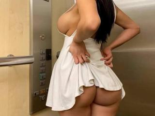 BigBoobElla - Live porn & sex cam - 7021484