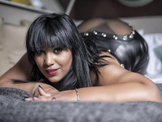 CurvyTemptation - Live porn & sex cam - 7066854