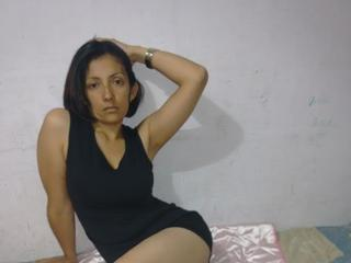 AngelaSexyMadura live video chat