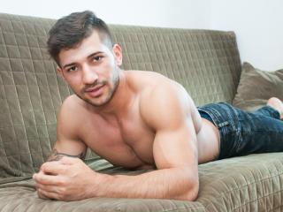 JhonyBigTongue erotic live porn