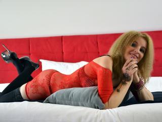 MatureLoveNights hot cam girl
