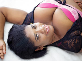 Photo de profil sexy du modèle AddictPussy, pour un live show webcam très hot !