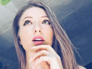 Hình ảnh đại diện sexy của người mẫu AndrenAlina để phục vụ một show webcam trực tuyến vô cùng nóng bỏng!