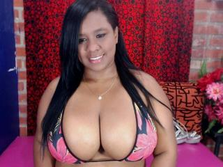 Picture of the sexy profile of BoobsDirty, for a very hot webcam live show !