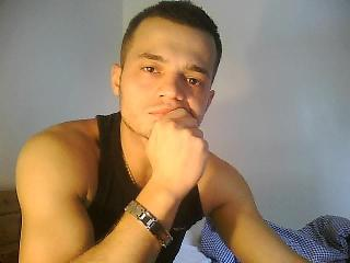 Picture of the sexy profile of HunkTony, for a very hot webcam live show !