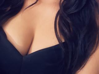 Hình ảnh đại diện sexy của người mẫu KaatiaMichelle để phục vụ một show webcam trực tuyến vô cùng nóng bỏng!