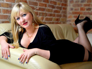 Velmi sexy fotografie sexy profilu modelky MarinaSweet pro live show s webovou kamerou!