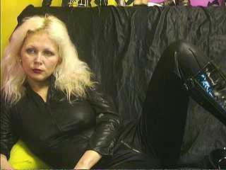 Photo de profil sexy du modèle MorganaSwitch, pour un live show webcam très hot !