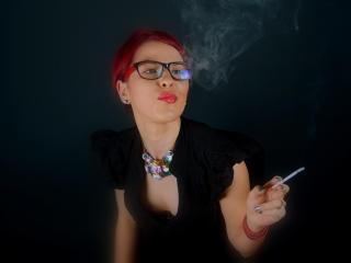 Foto de perfil sexy de la modelo Olympea, ¡disfruta de un show webcam muy caliente!