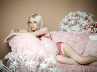 Sexet profilfoto af model RamonaFlowers, til meget hot live show webcam!