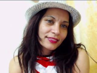 Photo de profil sexy du modèle SexxyCandy, pour un live show webcam très hot !