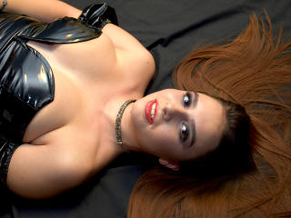 Picture of the sexy profile of SorelleDomina, for a very hot webcam live show !