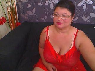 Picture of the sexy profile of SweetMadameForUX, for a very hot webcam live show !
