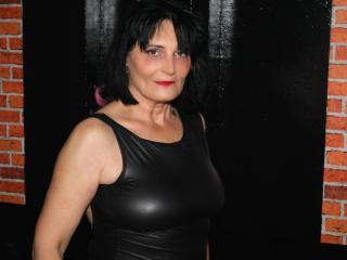 Sexy profilbilde av modellen  SwitchyRoxy, for et veldig hett live webcam-show!