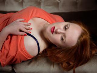 Model TikkiRGirl'in seksi profil resmi, çok ateşli bir canlı webcam yayını sizi bekliyor!