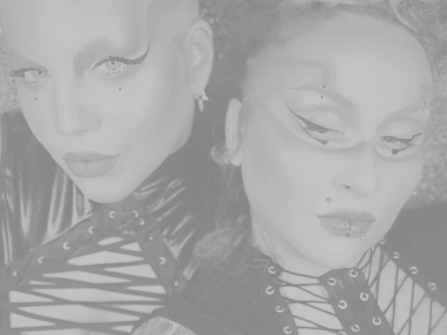 Picture of the sexy profile of CatalinayDanielaXX, for a very hot webcam live show !