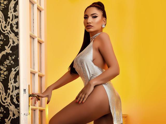 Photo de profil sexy du modèle DeniseTaylor, pour un live show webcam très hot !