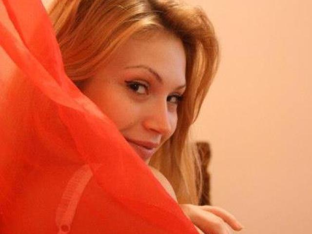 Photo de profil sexy du modèle VIctoriaSecrets, pour un live show webcam très hot !