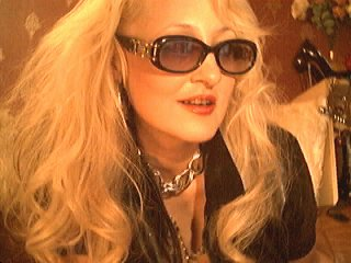 DominatrixChris - online chat x with a huge knockers Mistress