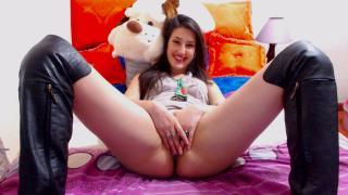 HotCarolina69 babes/live toys on webcam