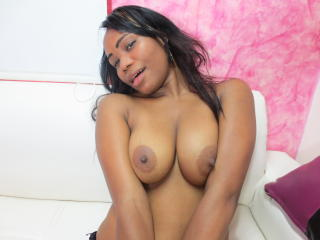 CumOnLegs - Sexy live show with sex cam on XloveCam
