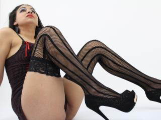 ElsaLynn - online chat x with a shaved sexual organ Young and sexy lady