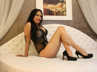 AleessaSweet - Sexy live show with sex cam on XloveCam