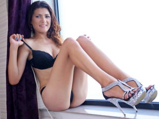 CarolyneBerry - Sexy live show with sex cam on XloveCam