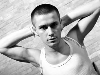CarloHotX - Sexy live show with sex cam on XloveCam
