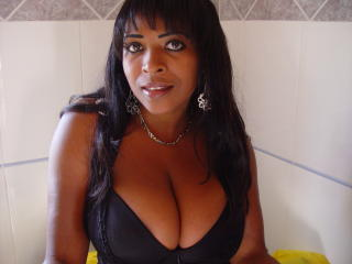 Mangocreol - Sexy live show with sex cam on XloveCam