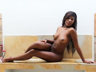 CarlottaSweet - Sexy live show with sex cam on XloveCam