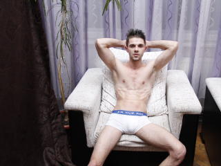 LovelyMike - Sexy live show with sex cam on XloveCam