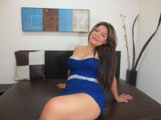Reychell - Sexy live show with sex cam on XloveCam
