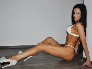 Ziva - Sexy live show with sex cam on XloveCam