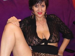 ReniaHot - Show sexy et webcam hard sex en direct sur XloveCam®