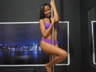 Sexy nude photo of NyahChaude