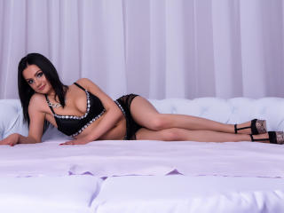 LolaFox - Sexy live show with sex cam on XloveCam