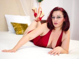 EvilVixen - Sexy live show with sex cam on XloveCam