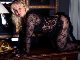 Sexy nude photo of AlianaSweetBabe