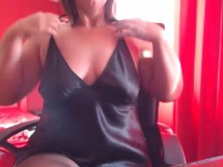 cristine4u - Sexy live show with sex cam on XloveCam