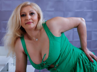 MatureEroticForYou - Video chat x with this platinum hair Lady over 35