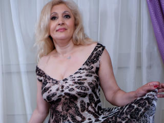 MatureEroticForYou - Chat live porn with this so-so figure Lady over 35