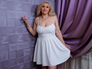 MatureEroticForYou - Chat cam sexy with a regular body Sexy mother