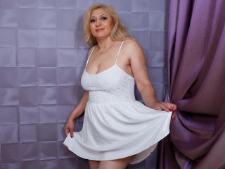 MatureEroticForYou - chat online sex with this platinum hair Lady over 35