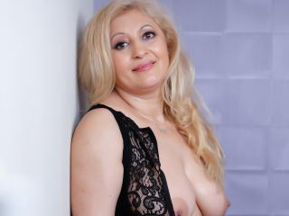 MatureEroticForYou - Live cam sexy with this European Lady over 35